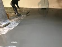 Finální dekorativní samonivelační cementová hmota Sikafloor 432 DecoCem light grey 25kg