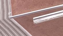 Vnitřní roh pod obklad Cezar eloxovaný hliník stříbrný 9mm 2,5m
