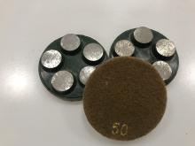Diamantový 5-bodový brusný nástroj zrnitost 50 (suchy zip) pro broušení betonu, teraca a žuly