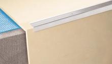 Schodová hrana vrtaná Cezar 35x15mm 1m stříbrná
