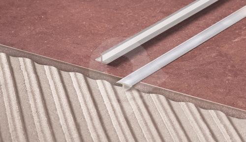 T lišta dělící Cezar 26x10mm přírodní hliník 2,5m